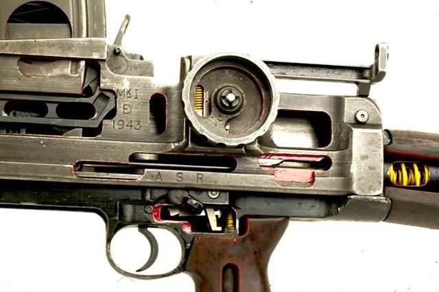 BREN GUN (3)