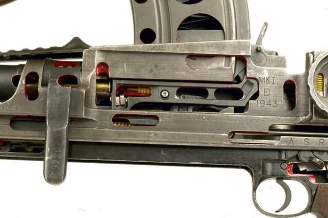 BREN GUN (4)