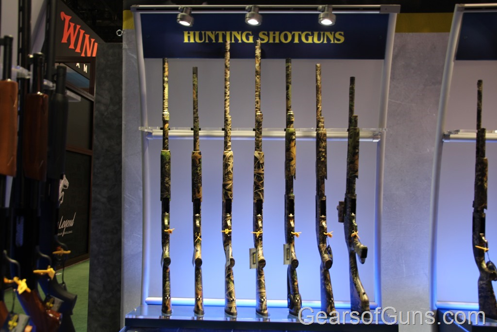 Mossberg Hunting Shotguns